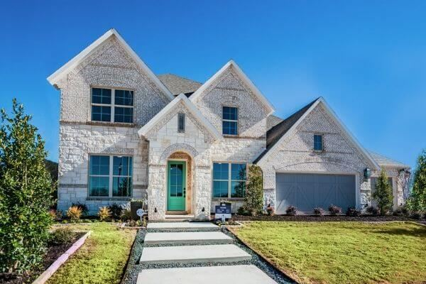 M/I Homes Model Home in Hollyhock, a new home community in Frisco, TX